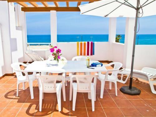 Terraza - Todos los #apartamentos del Pierre & Vacances Mojacar Playa tienen una terraza o un balcón con muebles de jardin.