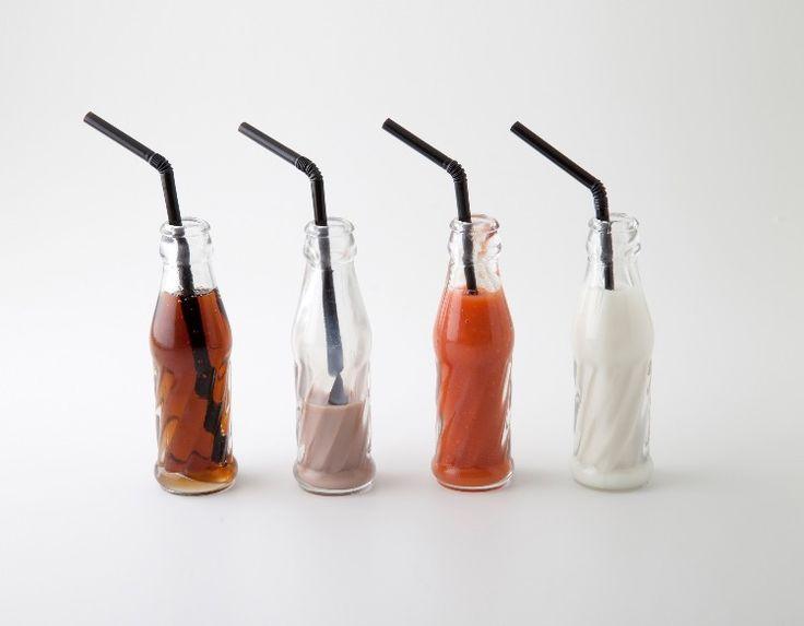 Mini botellas cola.... Glass & Service