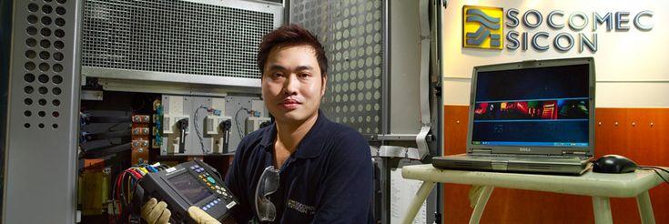 La société SOCOMEC, d'envergure internationale, fabricant d'onduleurs (UPS) et d'interrupteurs industriels préparait son 85ème anniversaire. On m'a demandé de réaliser des portraits en situation dans la plupart des sites de SOCOMEC dans le monde.