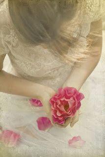 Ο συναισθηματικός κόσμος μου: η  αγάπη είναι μπροστά σου,.,..