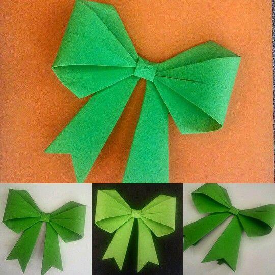 ROSETÓN DE PAPEL TEMPORADA VERANO 2016 ☀ Material: Cartulina española. Técnica: Origami. #rosa #rosadepapel #papel #arte #art #artesania #regalo #rosaderegalo #madeinchile #flordepapel #bluerose #greenrose #greencolor #gift #origami