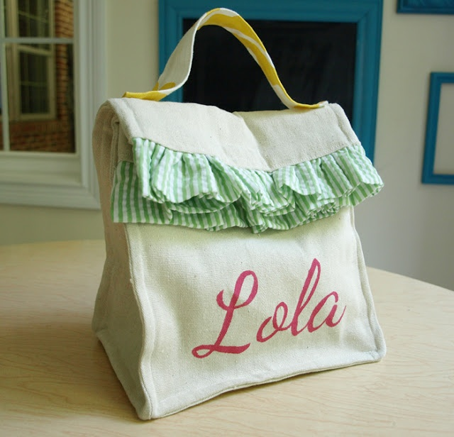 Less-Than-Perfect Life of Bliss: Personalized Lunch Bag How-To