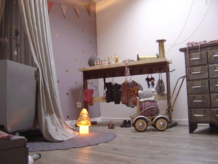 25 beste idee n over paarse babykamers op pinterest paarse kinderkamer accessoires paarse - Thema slaapkamer meisje ...