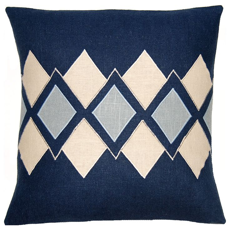 Wedgewood Blue Throw Pillows : 291 best Dream Home images on Pinterest Bedroom suites, Bedrooms and Ceramic art