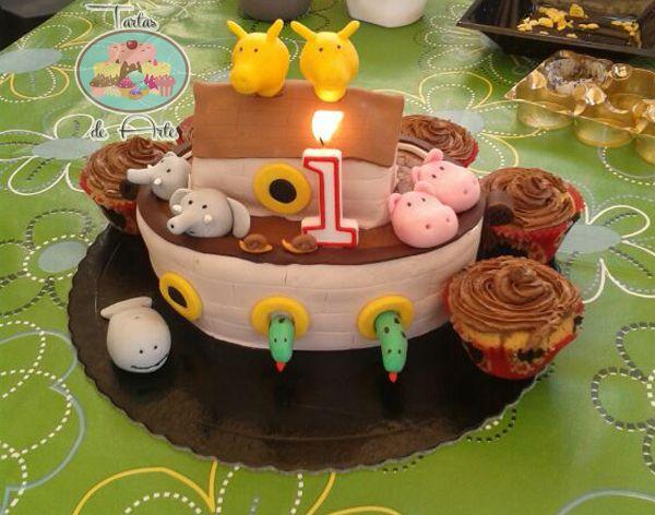 Noah Ark cake - Tarta de cumpleaños Arca de Noé - #tartasdearte #cake #tarta #fondant #fondantcake #noah #birthday #sweet #animals #cupcake