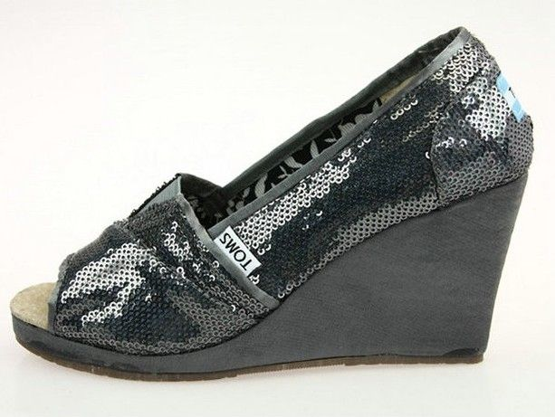 Toms Outlet Most are under $20!