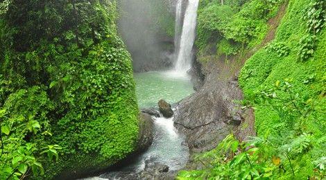 Aling Aling Waterfall    www.travelling-bali.com