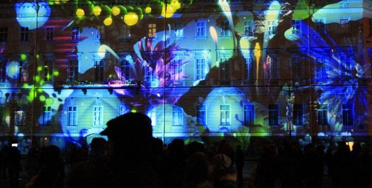 С небес на землю: «Аэрофлот» культурно поздравил Петербург