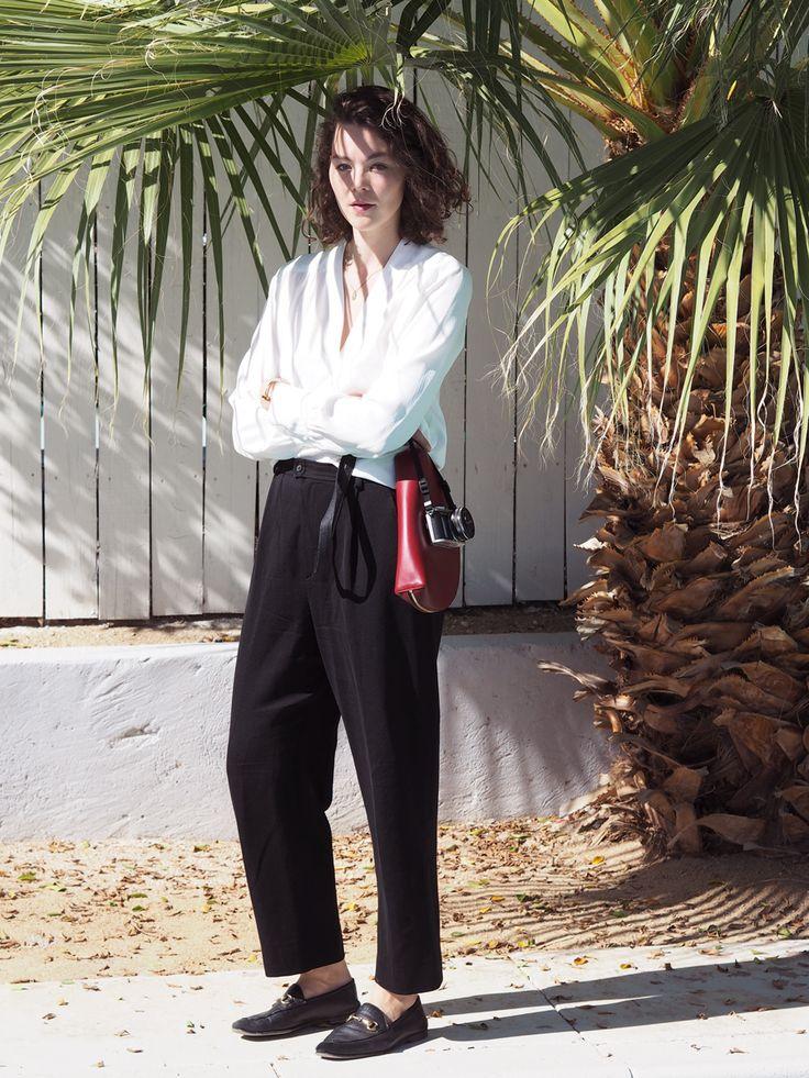 Palm Springs | Summer Mood | Gucci Loafer Black | Mansur Gavriel Moon Clutch Bag | Olympus PEN E-PL8 Camera | YSL Pants | #ootd | Kiki Albrecht