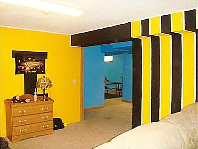 7 best Caden\'s Hawkeye bedroom images on Pinterest | Iowa hawkeyes ...