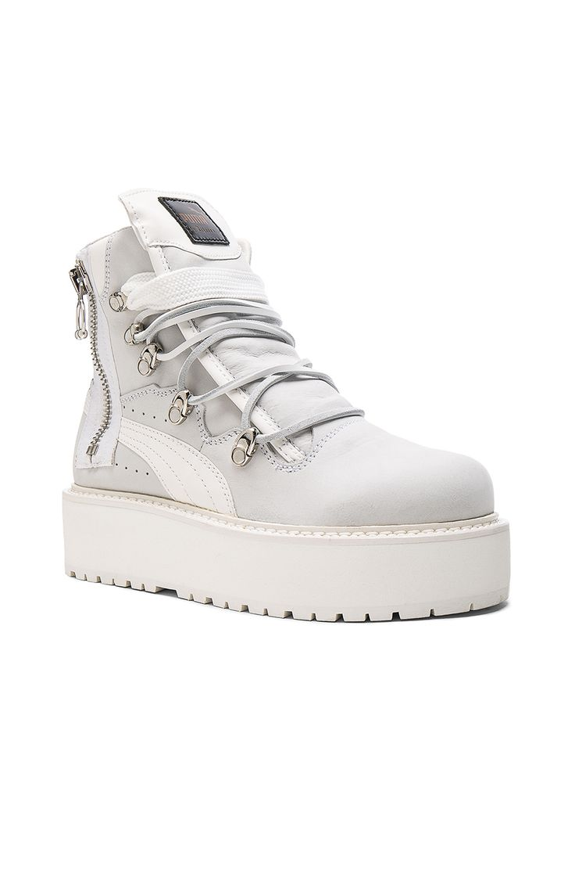 Gazelle Cutout, Sneakers Basses Femme, Blanc (Footwear White/Footwear White/Cream White), 43 1/3 EUadidas