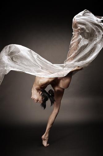 .Body, Ballet Dancers, Art Nude, Paul Mccartney, Art Photography, Beautiful, Dancers Pois, Bryon Paul, Inspiration Quotes