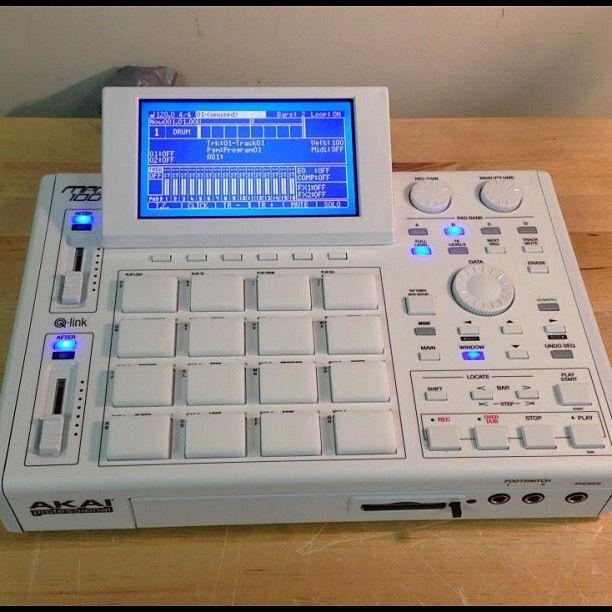 Akai MPC 1000 New Hip Hop Beats Uploaded EVERY SINGLE DAY  http://www.kidDyno.com ★ DiamondB! Pinned ★