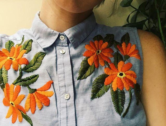 blusa jeans bordada szürke ing