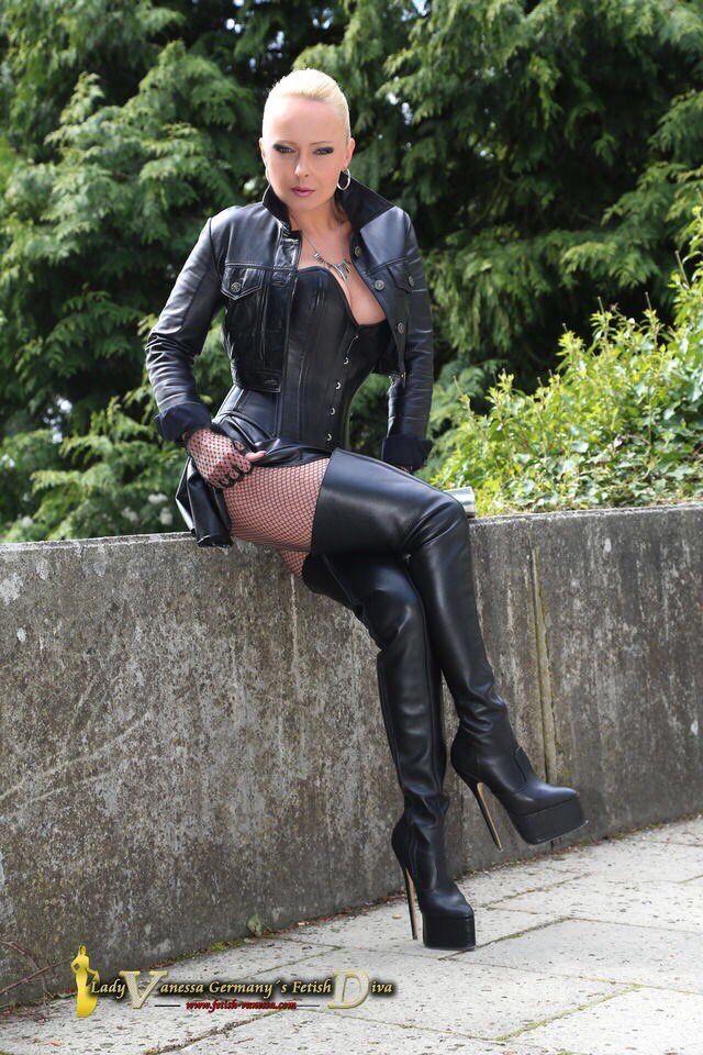 Fetishvanessade Germanys Fetish Diva Lady Vanessa