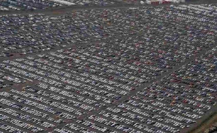 As fabricantes de automóveis estão a cada ano lançando no mercado um número maior de carros novos em relação à demanda real do consumidor