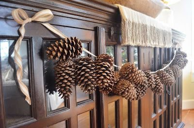DIY pine cone tutorial: Little White House Blog