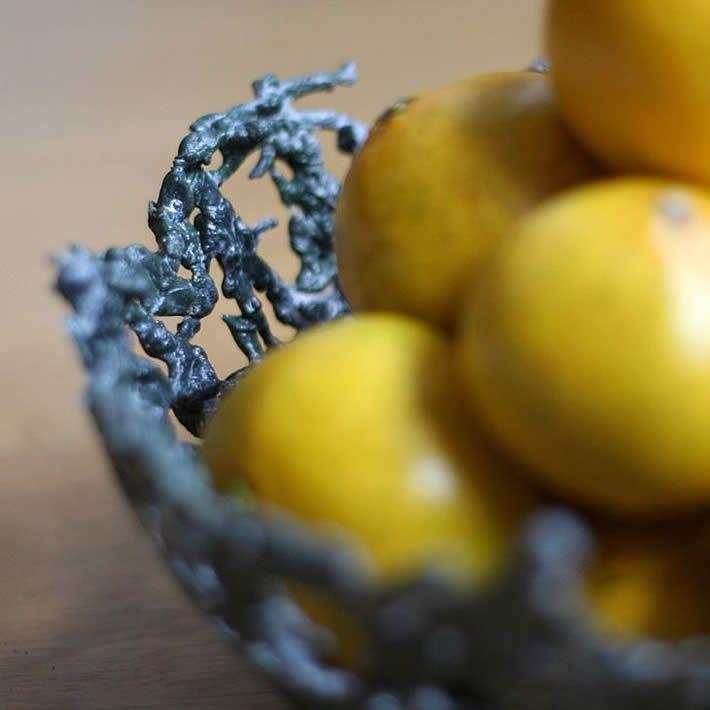 DIY: Plastic Army Men Fruit Bowl by Mike Pinder – upcycleDZINE
