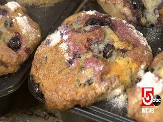 Legendary Boston baker shares recipe, techniques for making Jordan Marsh's blueberry muffins | Local News - Home