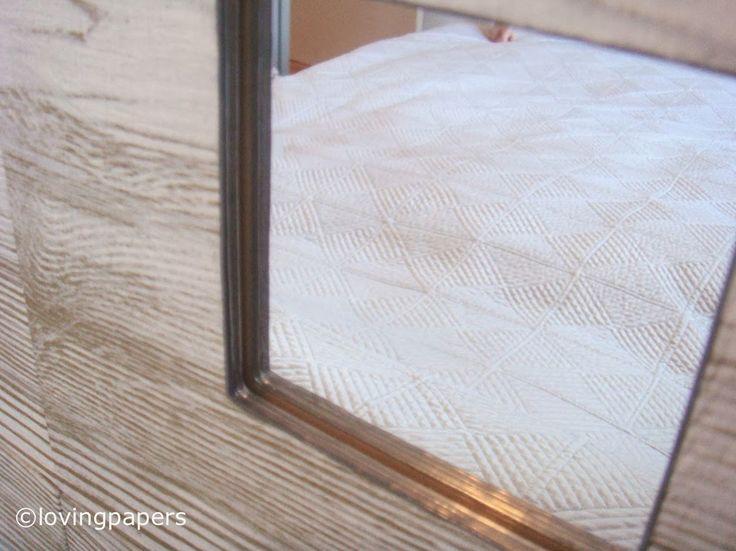 Cabecera de cama con espejos de Ikea