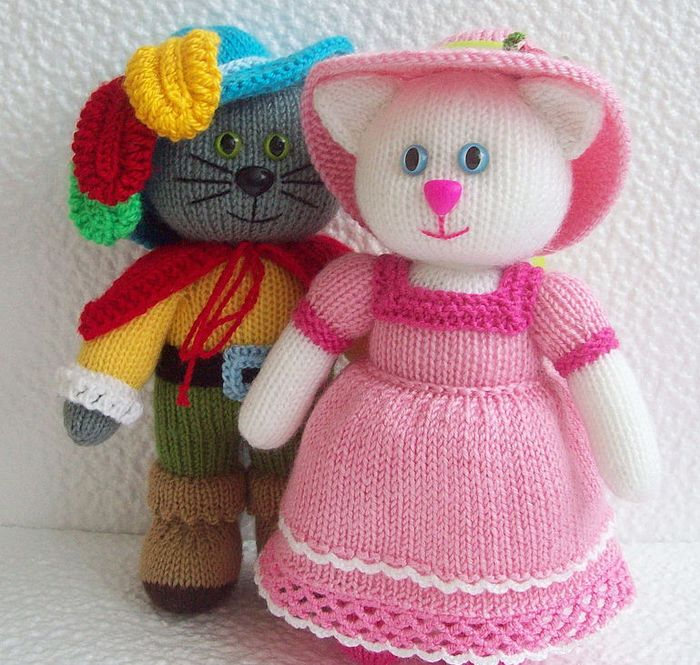Knitted Amigurumi Cat Pattern : 945 best images about Knitting toys on Pinterest Knit ...