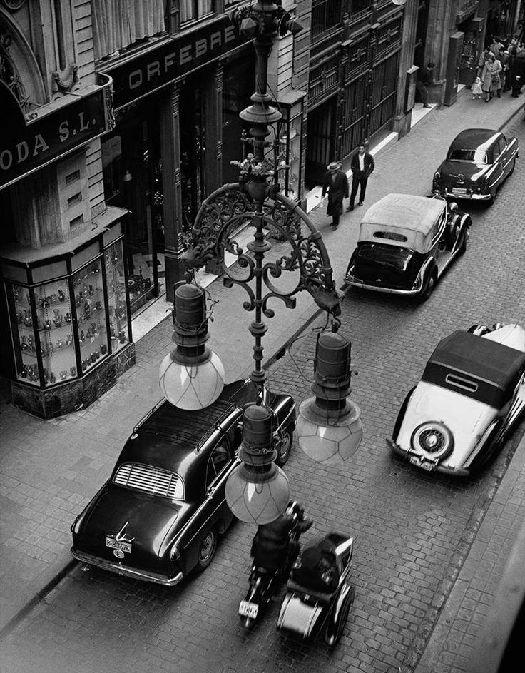 Barcelona 1950 - Carrer Ferran. Català-Roca