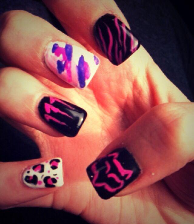 Monster energy / fox nails!!