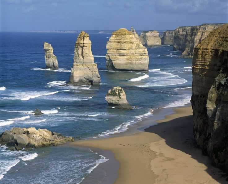 Mad Travel Shop has got all the best deals!! Backpacker Escapes Tour   Great Ocean Road Tour   Mad Travel Shop