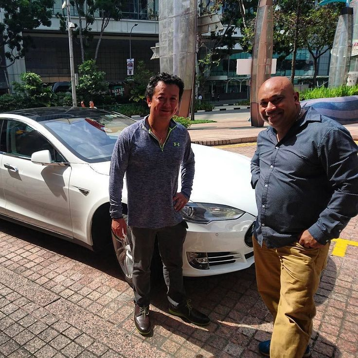 Tesla owner discusses anti electric vehicle policy in Singapore watch Joe Nguyen in an exclusive interview  just click the link in our bio for access. _____________________________  #tesla #teslas #tsla #teslamotors #teslamodels #teslamodelx #teslamodel3 #teslaroadster #teslasupercharger #P85D #teslalife #teslaowner #teslacar #teslacars #teslaenergy #powerwall #gigafactory #elonmusk #spacex #solarcity #scty #electricvehicle #electriccar #EV #evannex #teslagigafactory…