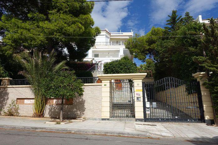 Vouliagmeni house