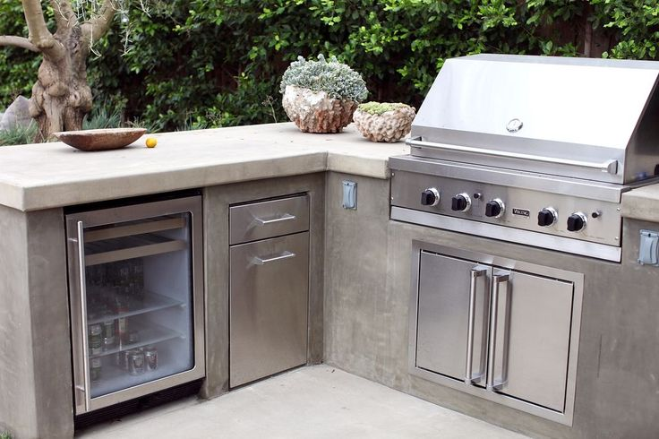 28 best coyote outdoor kitchens images on pinterest for Coyote hybrid grill