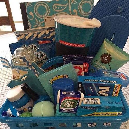 End of Year Teacher Gift #teacherappreciation BLUE is her favorite color. ❤️