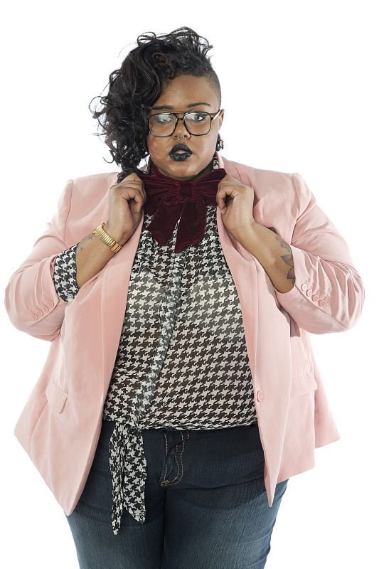 fatshopaholic:    Voting ain't over til the fat black girl sings or 9 p.m pst time Friday. It's up to you…lol http://www.facebook.com/silverjeansco/posts/344142688949314    My final look is coming around midnight!   If you reblog this with the voting link I will follow you!