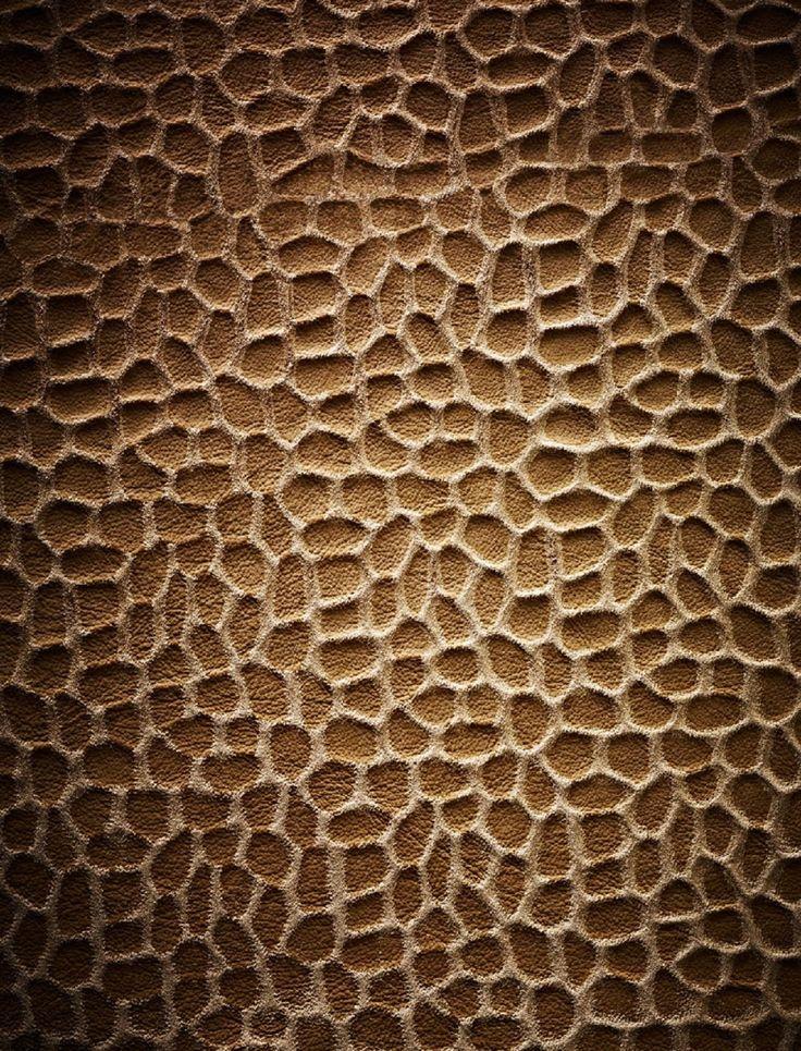 BOXMARK Royal Leather with nubucked deep embossment