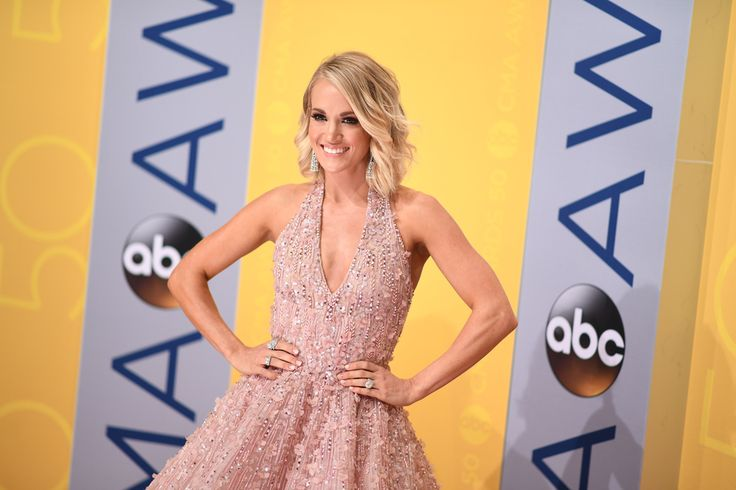 1 week Vegan diet to try inspired by Carrie Underwood's own personal diet.