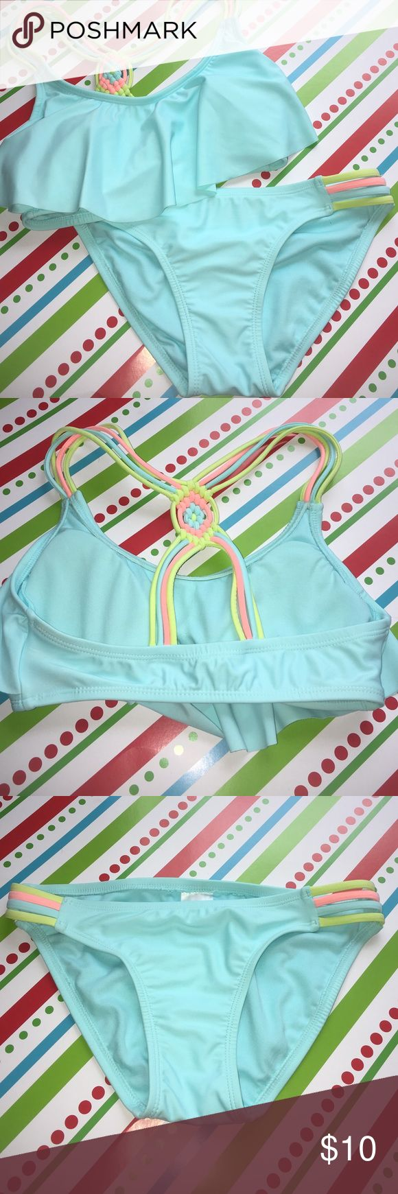 Target bikini set Flounce top with strapping bottoms. Never worn only tried on! Xhilaration Swim Bikinis