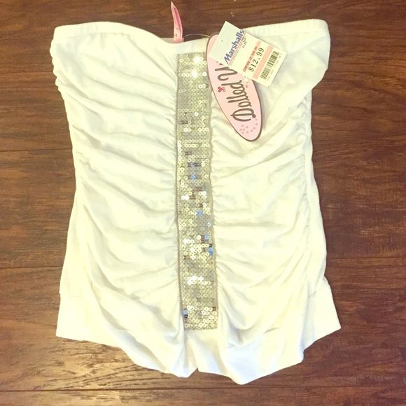 NWT White tube top with sequins size M NWT white tube top with sequins size M Tops
