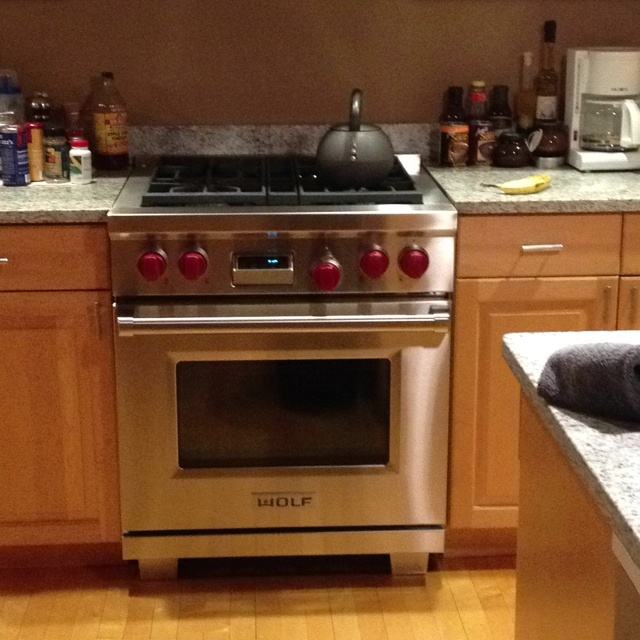 Wolf Df304. Dual Fuel 30 Inch...great Stove @Wolf