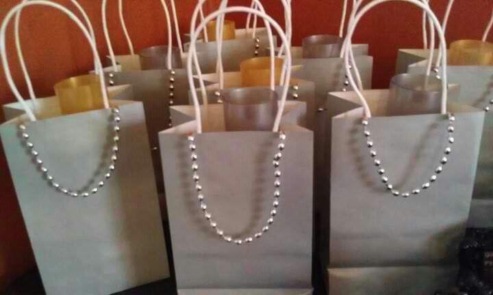 how to make an oscar swag bag ideas
