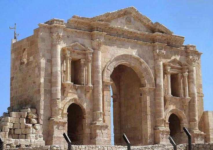 Arc of Hadrian. Jerash. Jordan.
