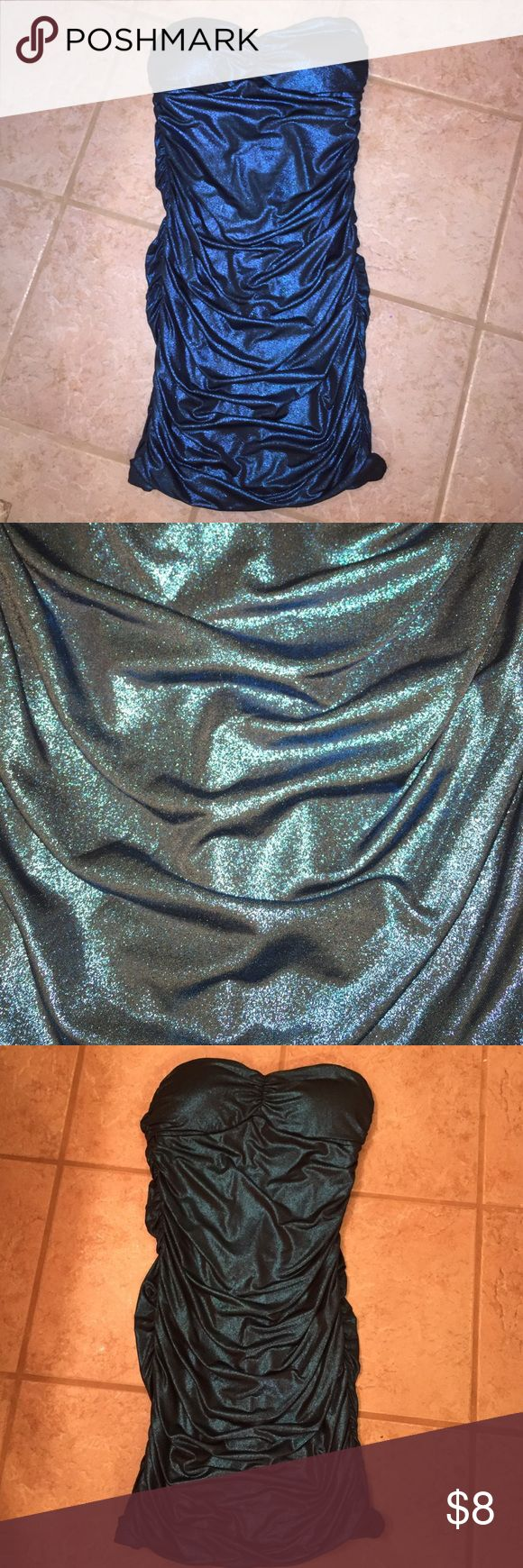 Blue Metallic Bodycon Dress This tight fit blue metallic bodycon dress would work wonders on a girls night out! Only been worn once. Forever 21 Dresses Mini