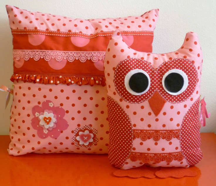 25 beste idee n over roze kussens op pinterest grijze kussens grijs bed en roze grijze - Hooi plaid ...