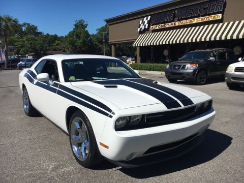 Used Dodge Challenger SXT Plus