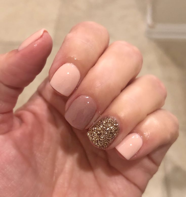 Revel Nails Flushed Hush Prosecco Nails In 2019 Glitter Accent Nails Gel Nails Gel