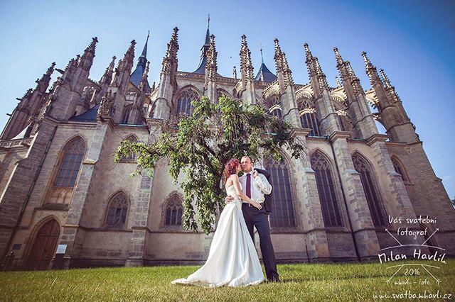 Prostě Kutná Hora... K tomu není potřeba asi cokoliv dodávat. Když máte fotit ještě tak skvělé lidi, jako je Míša a Honza, tak je skutečně práce zábavou... #svatba #wedding #svatebnifoto #weddingphoto #svatebnifotograf #weddingphotographer #czech #czechwedding #czechphotographer #czechweddingphotographer #kutnahora #kh #nevesta #zenich #skvelilide #uzasnilide #bestweddingphoto #nejlepsisvatba #nejlepsisvatebnifoto #mamsvojipracirad #fotiltomilan