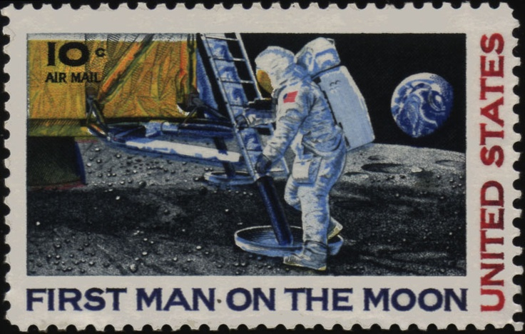 neil armstrong stepping on the moon - photo #11