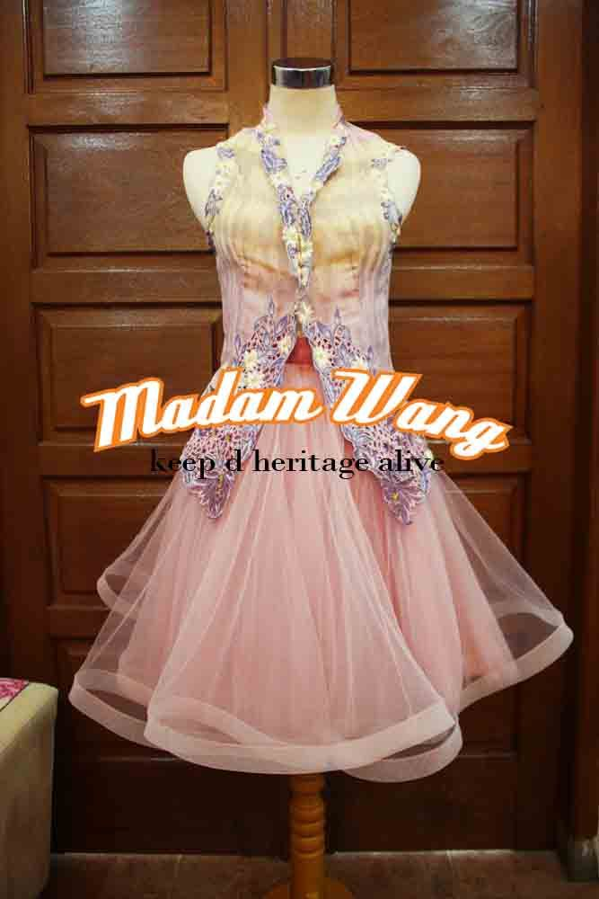 kebaya encim, tulle dusty pink skirt, party attire.