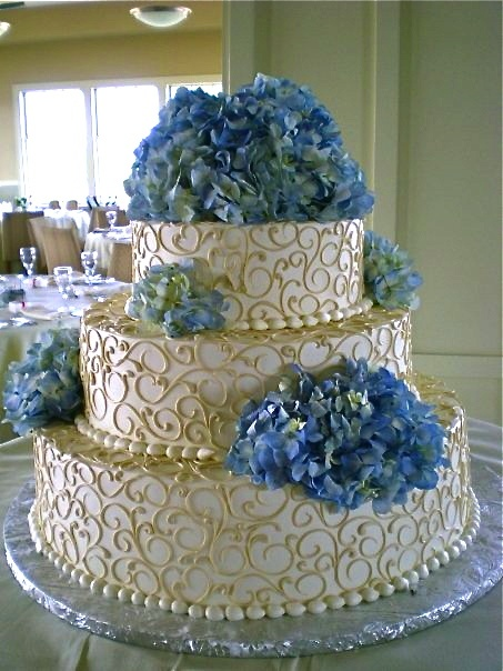 blue hydrangea wedding cakes blue hydrangea wedding cake wedding ideas 11991