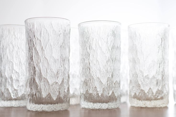 Vintage Icicle Glasses / Frosty Scandinavian Finnish Style Frosted Finland Cocktail Glasses / Mid Century Modern Ice Design Norwegian Glass by secondvoyagevintage on Etsy https://www.etsy.com/ca/listing/534818150/vintage-icicle-glasses-frosty
