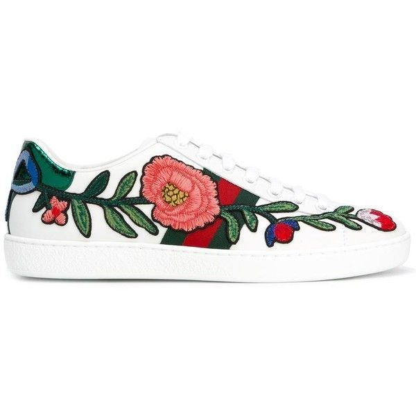 Gucci Ace embroidered low top sneakers (£550) ❤ liked on Polyvore featuring shoes, sneakers, flats, tenis, white, gucci shoes, white leather sneakers, white sneakers, leather flats and leather sneakers